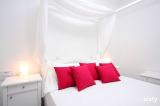 accommodation narges hotel bridal suite bed